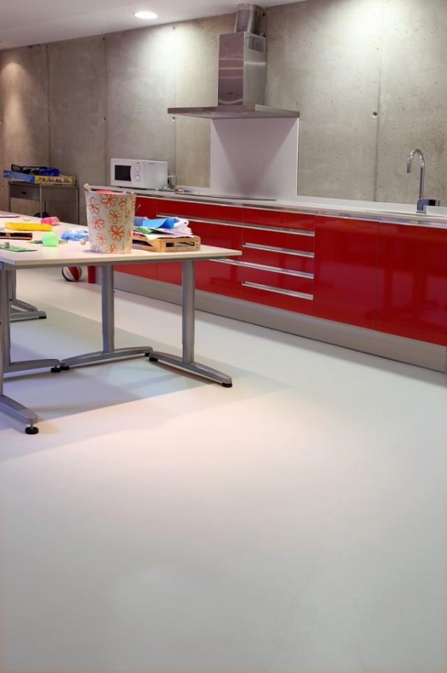 Cambiar el suelo de la cocina sin obras for Cambiar el suelo de un piso