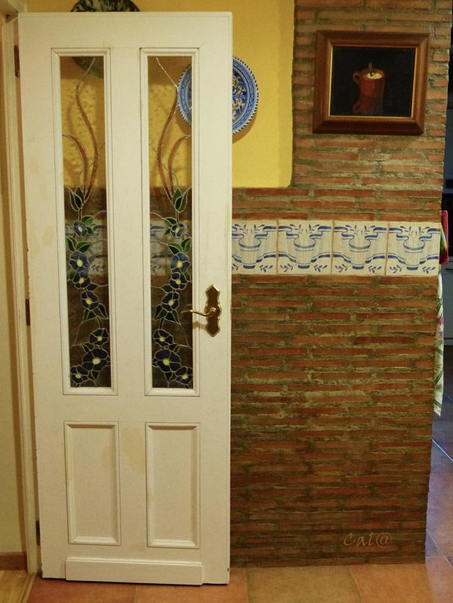 Puertas de interior consejos a tener en cuenta for Puertas vaiven para cocina