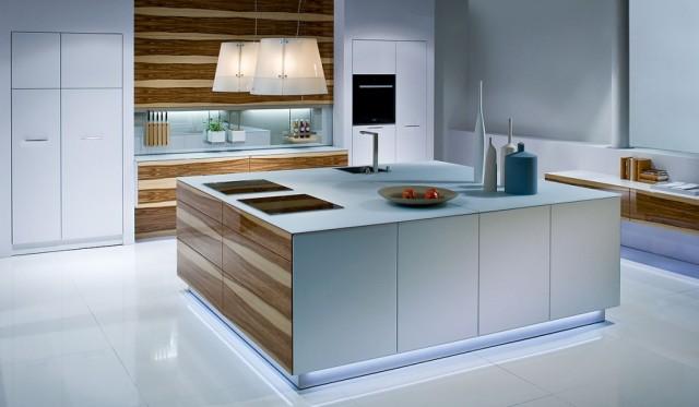 Cocinas en blanco y madera dise o warendorf for Disenos de muebles de cocina en madera